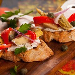 Grape Prosciutto & Artichoke Bruschetta